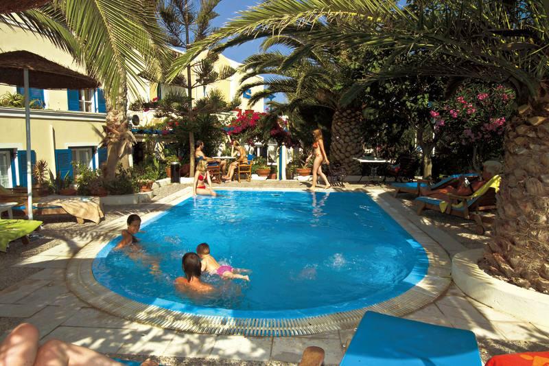 Hotel Hermes - Kamari - Santorini